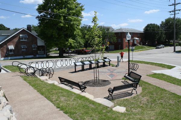Clay Street Trailhead Bike Plaza